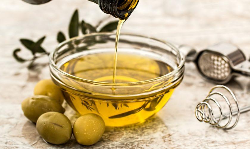 I trucchi per usare al meglio gli oli in cucina