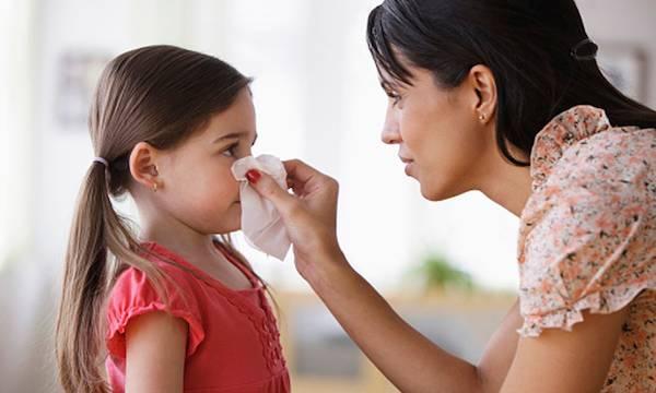Sangue dal naso: ecco i motivi e i rimedi